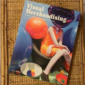 Visual Merchandising Book